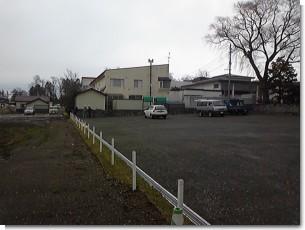 お寺の駐車場.jpg
